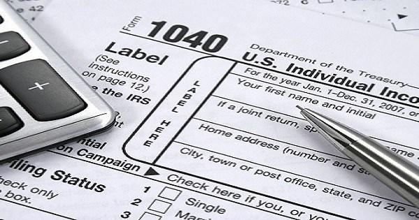 Tax Time Guide: Carefully choose a tax return preparer